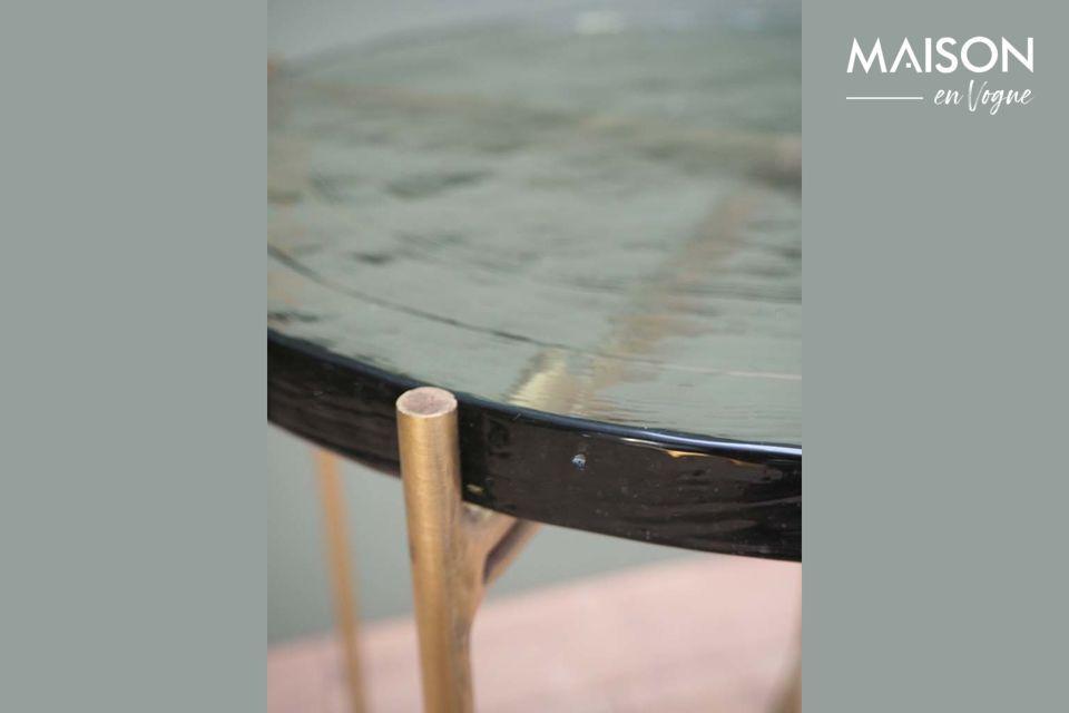 Les tables en verre ont de nombreux avantages