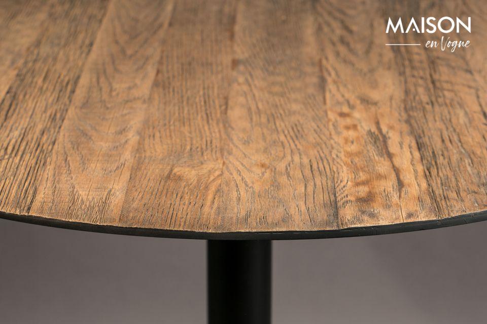 Sa surface en bois brut apporte une véritable authenticité à votre intérieur