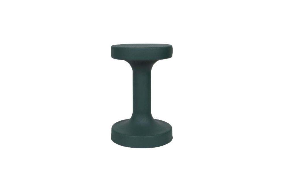 Cette table basse en métal de couleur verte pourra meubler avec goût la pièce de votre choix