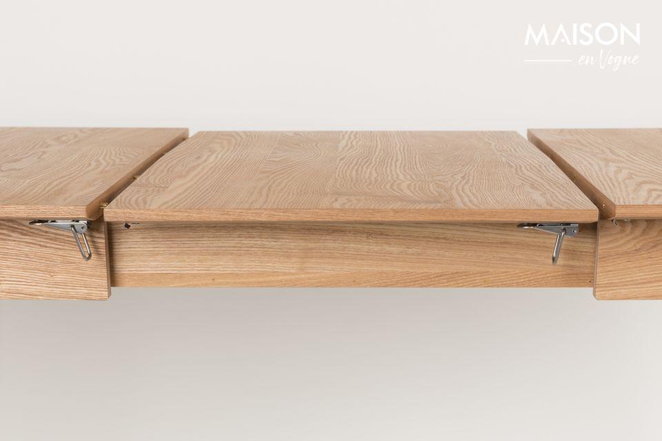 Son design élégant conserve la noblesse du bois et l\'adoucit avec des pieds de table au bout