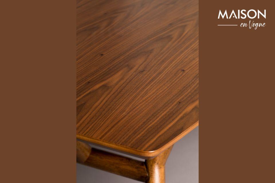Un joli bois veiné, pour un meuble naturel et pratique