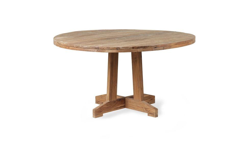 Le style scandinave de la Table Ronde en Teck de la marque HK Living est à la fois simple et