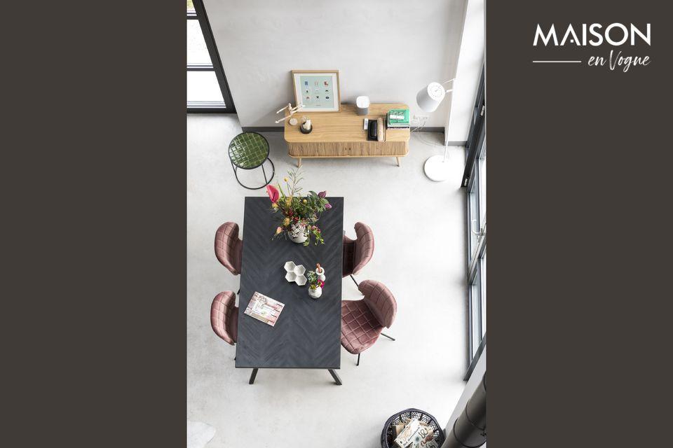 La table Seth 220 x 90 Black proposée par Zuiver est un modèle élégant avec des lignes sobres et