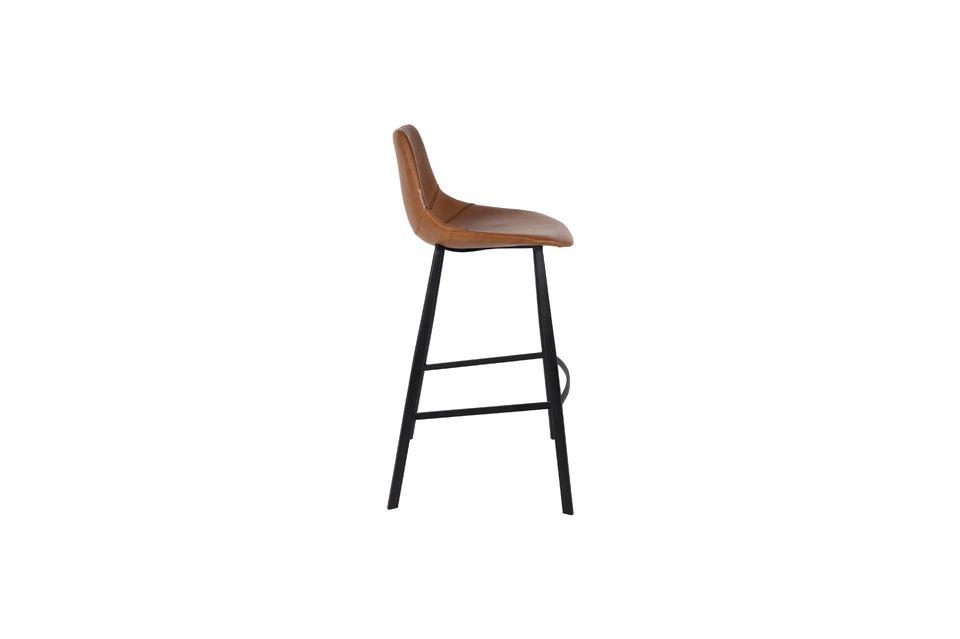 Profitez de ce modèle très confortable équipé d\'une assise aux lignes arrondies avec coutures