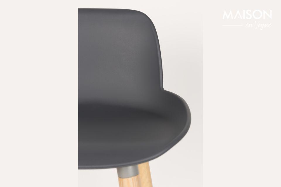 Le tabouret de comptoir Albert Kuip gris foncé associe l\'authenticité du bois et une assise au