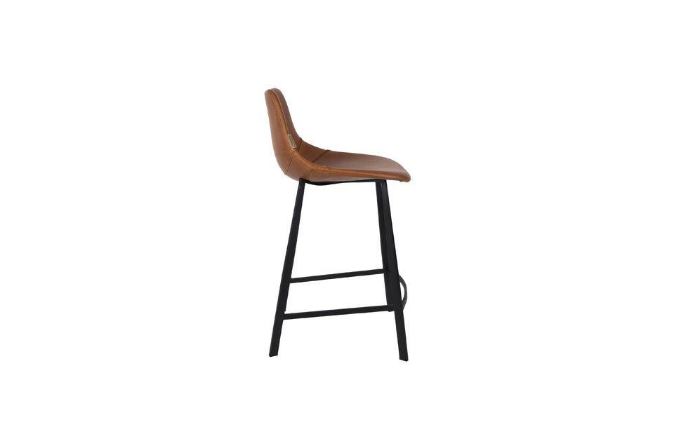 Ce tabouret de bar brun Franky est équipé de repose-pieds ergonomiques