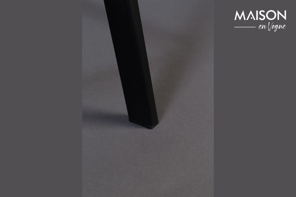 Harmonisez votre intérieur avec ce tabouret aux finitions élégantes