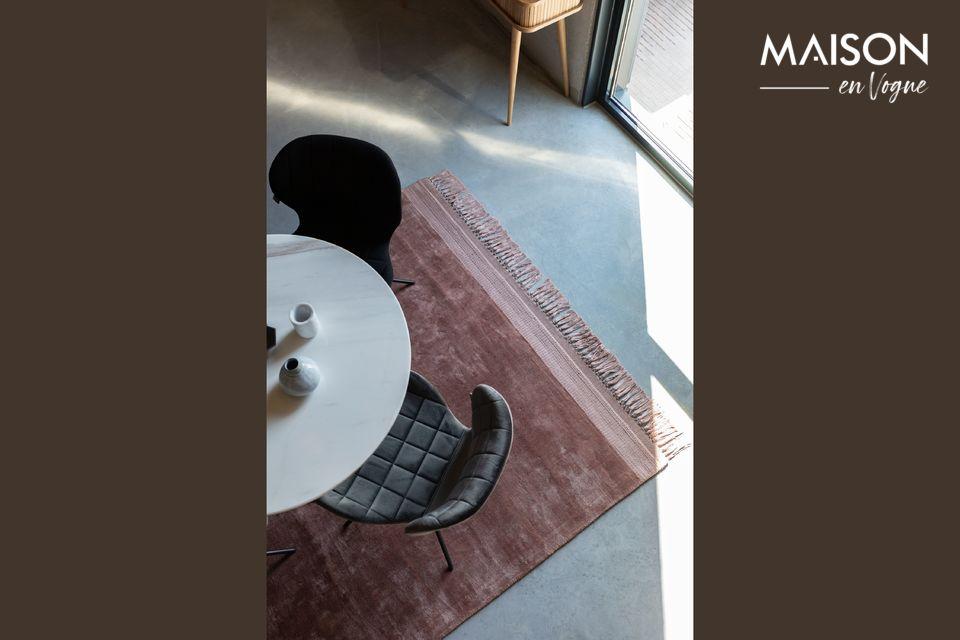 La marque Zuiver a imaginé le tapis Blink de couleur rose en format 170X240 cm