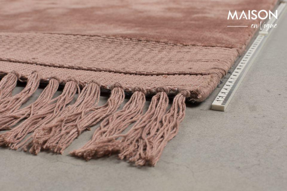 Votre tapis vous semblera alors tantôt rose, tantôt terracotta