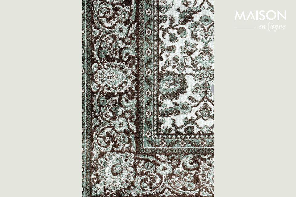 Cet accessoire décoratif revêt un élégant design graphique sur la totalité de sa surface