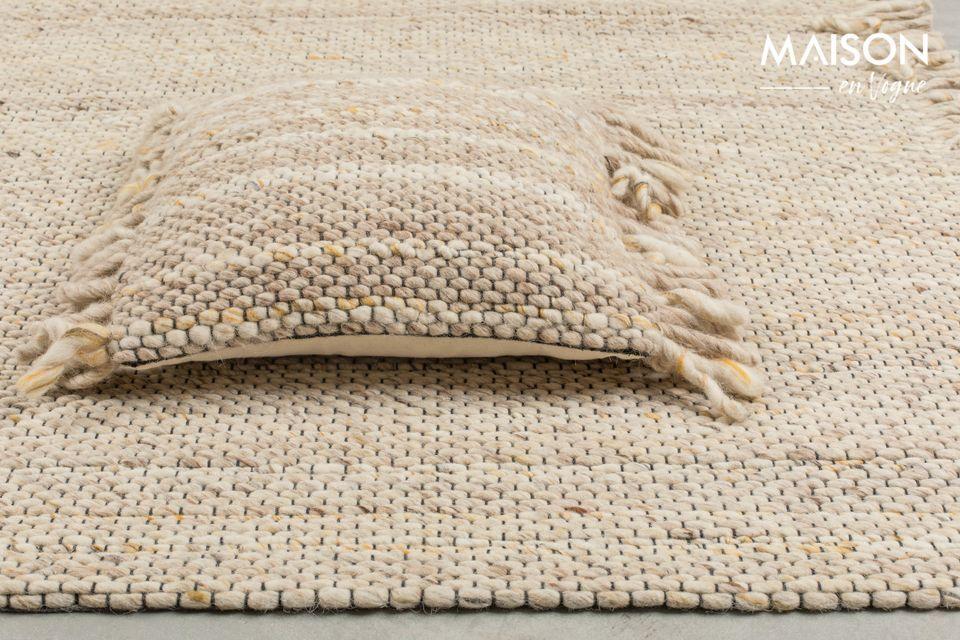 La couleur beige/jaune du tapis Frills apportera de la chaleur et de la douceur à votre intérieur