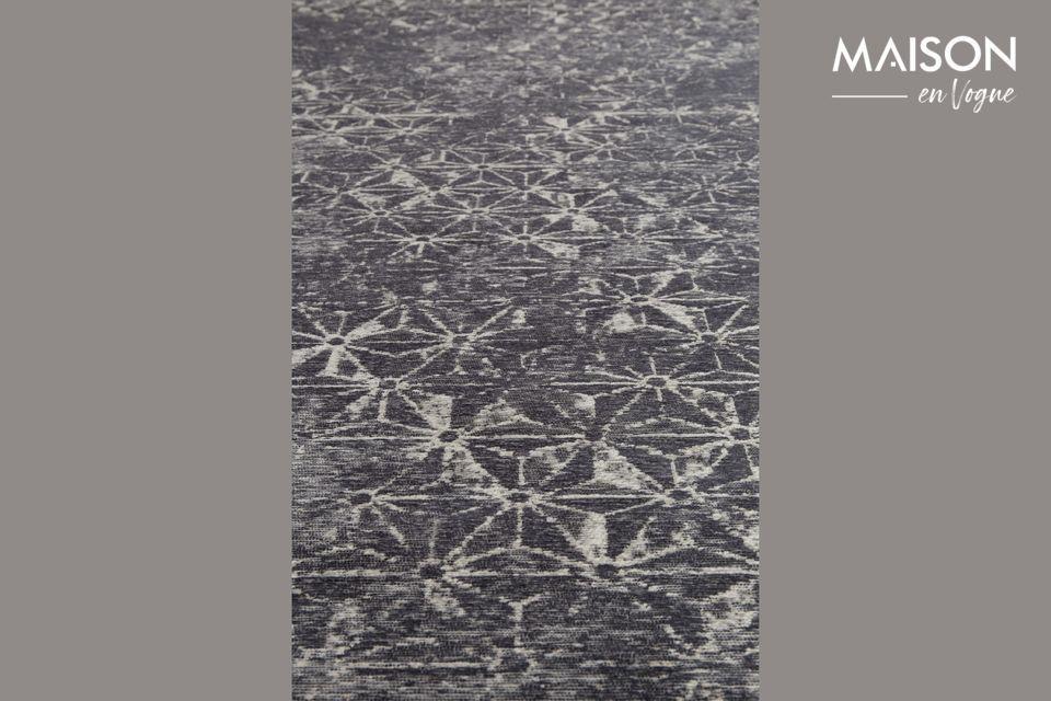 Ce tapis vous permettra de décorer votre logement avec goût tout en lui apportant une touche