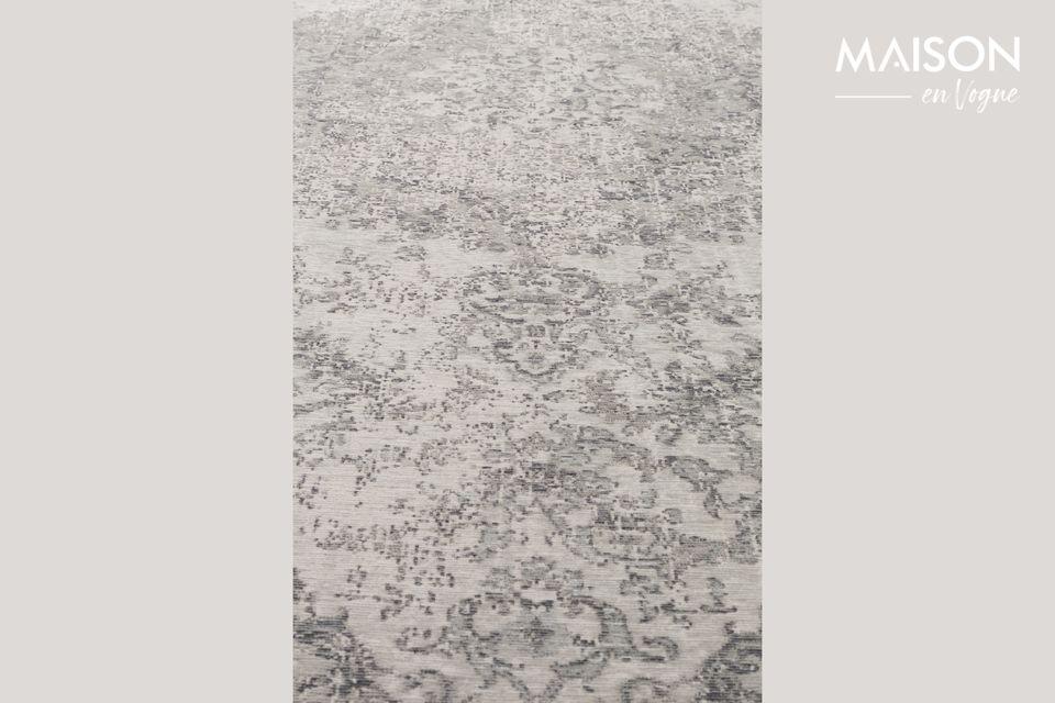 Vous apprécierez par ailleurs son aspect pratique puisque ce tapis convient également au chauffage