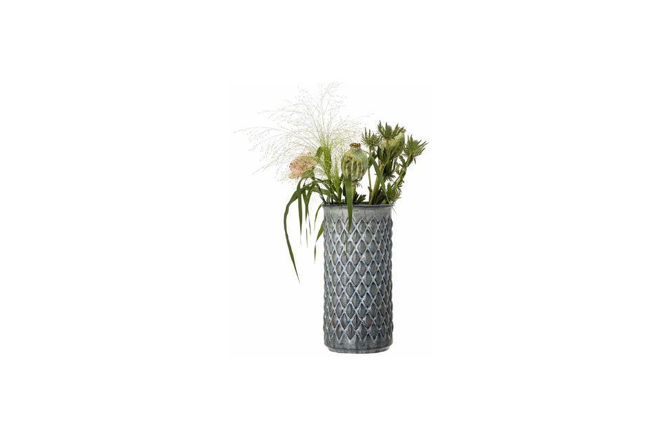 Ce vase en grès pourra bien sûr recevoir vos fleurs
